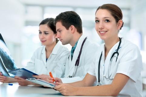 a importância do inglês para profissionais da saúde